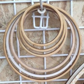 Dřevěný kruh / obruč na lapač snů přírodní 38,6 cm
