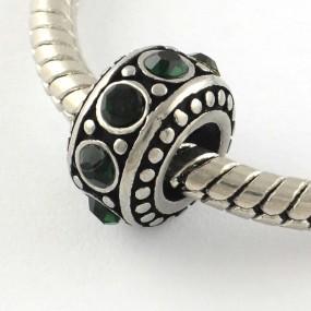 Korálek váleček s tmavě zelenými kamínky chirurgická ocel (1 ks)