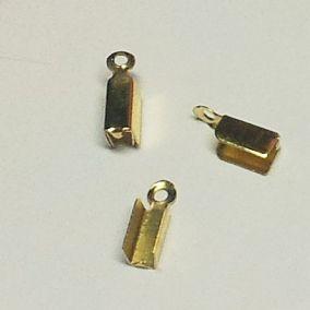Koncovka na kůži plochá 3mm zlatá b. (20ks)