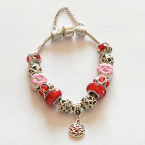 Luxusní náramek s korálky - červený s kytičkou