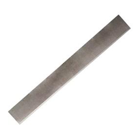 Řezák na polymer